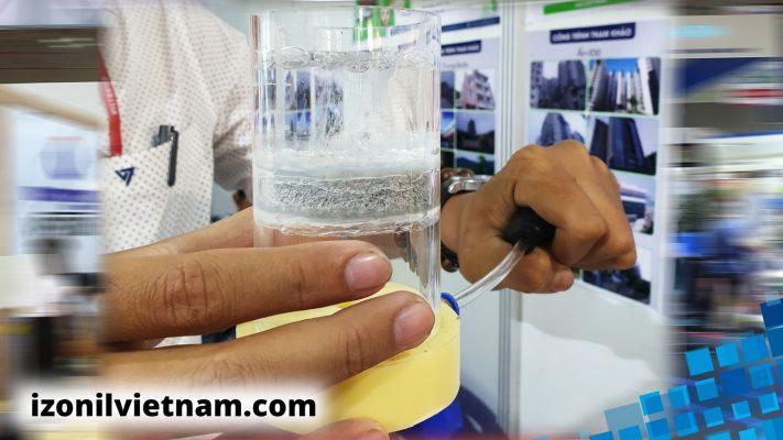 trải nghiệm thí nghiệm thở - thoát ẩm của vữa tô chống thấm IZONIL